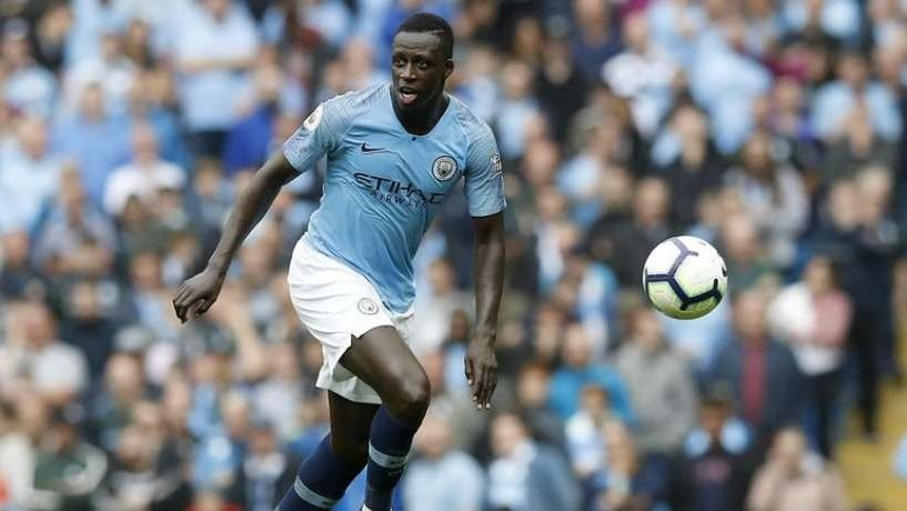 Mercato Man City : Guardiola prévient Mendy