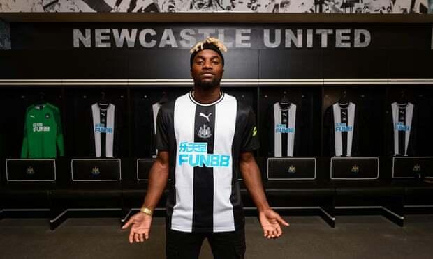 Mercato Newcastle : Bruce dément une altercation avec Saint-Maximin