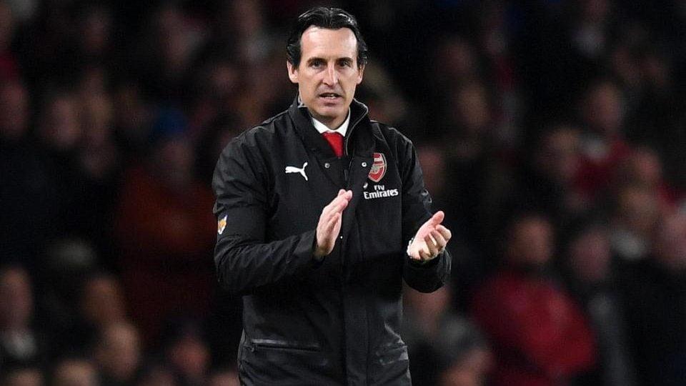 Mercato Arsenal : Emery explique son choix de ne pas aligner Özil à Francfort