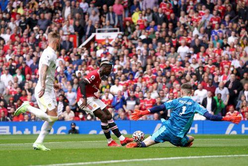 Paul Pogba face à Leeds